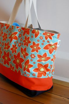 Bright, beautiful, large tote. I want it!
