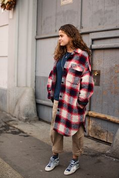 Cool Fashion Grunge In Flannel Shirts, Boots And More – Lifestyle Paris Street Fashion, Milan Fashion Weeks, New York Fashion, London Fashion, Style Fashion, The Sartorialist, Scott Schuman, 90s Fashion Grunge, Double Breasted Jacket