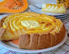 Этот пирог не просто вкусный, он ОЧЕНЬ ВКУСНЫЙ!!! Честно говоря, увидев его, сразу знала, что буду печь... Но, вот никак не ожидала, что его вкус нас так порадует! Да, и готовим с детками! За реце...