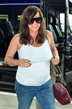 Alanis Morissette Talks Parenting, Miscarriage, Pregnancy Over and Postpartum Depression with Self Magazine Pregnancy Over 40, First Month Of Pregnancy, Pregnancy Period, Exercise During Pregnancy, Pregnancy Books, Pregnancy Months, Alanis Morissette, Pregnancy Hormones, Baggy Clothes
