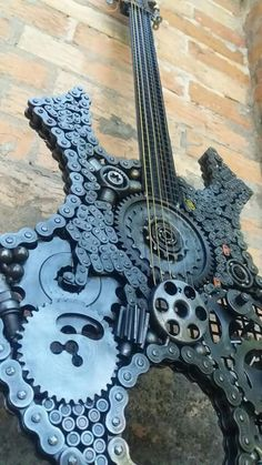 Metal Art Projects, Welding Projects, Guitar Girl, Cool Guitar, Steampunk Guitar, Block Table, Scrap Metal Art, Banjos, Music Heals