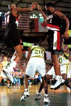 Gary Payton Seattle Supersonics Portland Trail Blazers Harvey Grant Mark Bryant