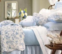 Brighton Blue 5 or 7-Piece Value Set by Williamsburg