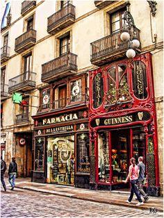 FARMACIA DE LA ESTRELLA (The Star Pharmacy) and GUINNESS COCKTAIL AND LOUNGE  Barcelona, Spain