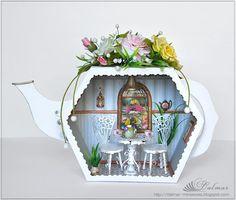 "Roombox ""Teahouse"" Dollhouse Miniature."