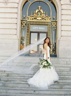 Photography: Caroline Tran Photography - carolinetran.net   Read More on SMP: http://www.stylemepretty.com/2016/09/15/elegant-san-francisco-city-hall-wedding/