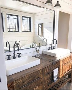 If you are looking for Farmhouse Bathroom Vanity Decor Ideas, You come to the right place. Here are the Farmhouse Bathroom Vanity Decor Ideas. Rustic Master Bathroom, Rustic Bathroom Vanities, Modern Farmhouse Bathroom, Rustic Bathroom Decor, Rustic Bathrooms, Bathroom Styling, Bathroom Interior, Bathroom Ideas, Bathroom Wall
