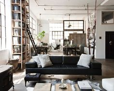 A loft in Brooklyn (to die for) blogged at Vintage & Chic