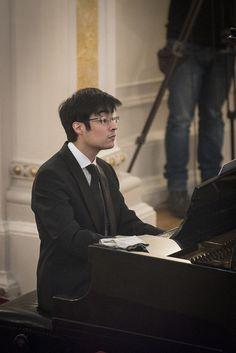 Concierto de mediodía. Gustavo Miranda (piano) y Sheng-Ching Hsu (violín) en Sala La Capilla de nuestro Teatro. Foto: Patricio Melo