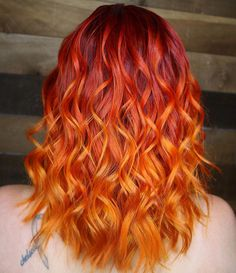 [New] The 10 Best Hairstyle Ideas Today (with Pictures) - You guys know I love my orange yellow hilights was yellow drops. Orange was of orange drops. Root is equal parts red pure pigment. Pulp Riot Hair Color, Vivid Hair Color, Pretty Hair Color, Color Your Hair, Hair Dye Colors, Red Color, Orange Ombre Hair, Strawberry Blonde Hair Color, Cheveux Oranges