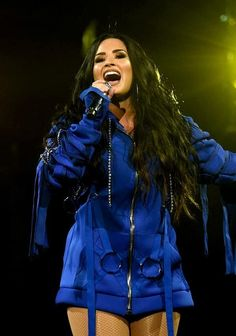Find images and videos about demi lovato and tell me you love me tour on We Heart It - the app to get lost in what you love. Camp Rock, Glee, Demi Lovato Pictures, Juni, American Singers, Me As A Girlfriend, Role Models, Selena Gomez, Ariana Grande
