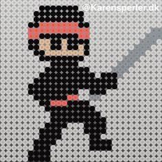 Bilderesultat for ninja mønster Hama Beads Design, Hama Beads Patterns, Beading Patterns, Iron Beads, Bead Crafts, Perler Beads, Nerdy, Crafts For Kids, Cross Stitch