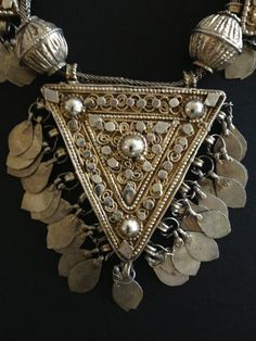 Silver Yemeni necklace (amulet detail)