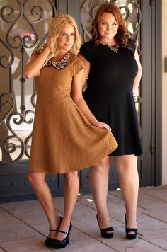 This dress is so perfect for holiday parties! #holidaydress #beinspiredboutique #plussize #inspiredbyyou