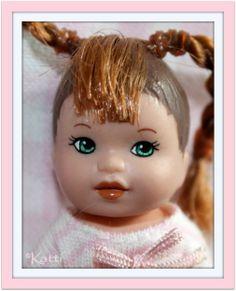 Barbie Happy Family, Barbie Kids, Little Sisters, Barbie Clothes, Childhood Memories, Babys, Entertainment, Dolls, Disney Princess