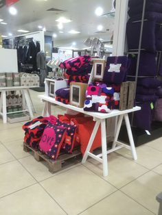 BHS - Staines - Department Store - Clothing - Home - Cook & Dine - Lighting - Landscape - Lifestyle - Visual Merchandising - www.clearretailgroup.eu