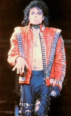 Happy Birthday ♥ Michael  Happy Michael Jackson Day everybody!