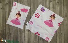 Hercegnős textilszalvéta (38x38 cm) és uzsonnás zacsi (24x30 cm) (LucaAgi) - Meska.hu Napkins, Homemade, Princess, Sewing, Bags, Products, Handbags, Dressmaking, Towels