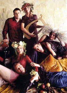 Awkward family photo: Friends cast edition.