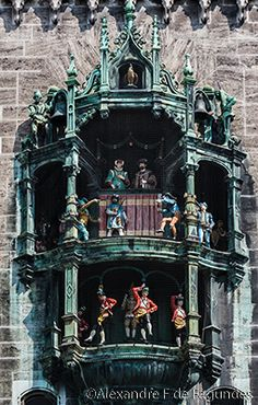 Glockenspiel - Munich - Germany