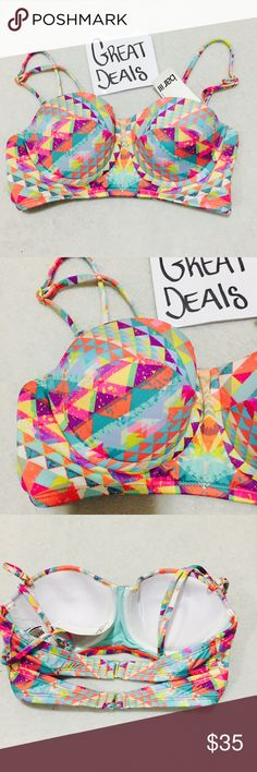 ❤️LAST ONE SEXY SWIM TOP BAR 111 REATIL $48❤️ NWT RETAIL $48 BEAUTIFUL SEXY SWIM TOP SIZE MED BUNDLE AND SAVE ON SHIPPING 20% OFF DISCOUNTS NAME BRAND ITEMS SELLING FOR CHEAP FOLLOW I POST DAILY NEW INVENTORY Bar III Swim Bikinis