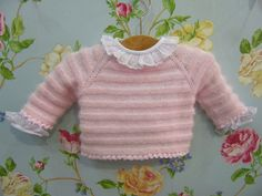 This Pin was discovered by Har Knitting For Kids, Baby Knitting, Crochet Baby, Baby Barn, Knit Baby Sweaters, Bebe Baby, Baby Coat, Baby Dress, Doll Clothes