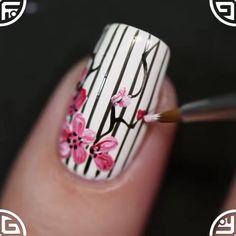"""9,751 kedvelés, 52 hozzászólás – Nails Art Clips (@nailsartclips) Instagram-hozzászólása: """"spring nails by @YaGala🌸"""""""