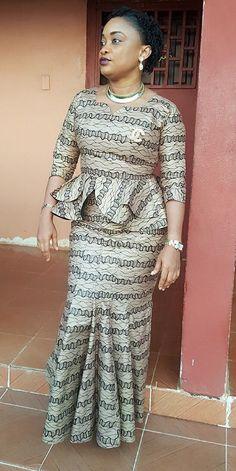 Ankara skirt and blouse style for wedding from Diyanu African Fashion Ankara, Latest African Fashion Dresses, African Dresses For Women, African Print Dresses, African Print Fashion, African Attire, Ankara Skirt And Blouse, African Traditional Dresses, Latest Ankara