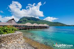 On a private beach Hotel Kaveka features traditional bungalows with cable TV and ceiling fans. Hotel Kaveka Maharepa French Polynesia I:Moorea hotel Hotels New Travel, Travel List, Tahiti, Hotels And Resorts, Best Hotels, Best Airfare, Society Islands, Choice Hotels, Maldives Resort