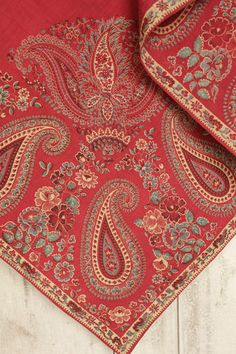 Antique French Early 19th century Fichu neckerchief , shawl ~ paisley Turkey red textile ~ from www.textiletrunk.com