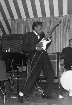 Buddy Guy tearing it up at The Marquee, London 1965