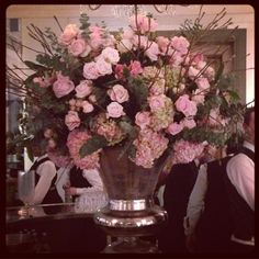 Flowers are one of life's absolute pleasures... How can this creation by our darling @robvanhelden not make you insanely happy... Just magical.. #taketimetosmelltheroses xx #makesmesmile  #perfectsoftpinkroses #LadyGardenGala #claridges #flowerpower