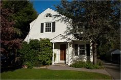 Living in Tenafly, N.J. - The average sale price of a single-family house in the first nine months of 2009 was $873,973.  We moved out in 1969.  It was already a bit full of itself.