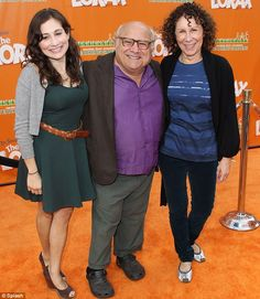 danny devito family photos | Family time: Danny Devito with daughter Lucy and…