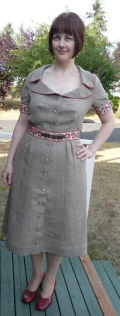 I wanted to make a linen dress that was classy, yet fun & flirty as well.  I found the perfect vintage-inspired design from Marfy patterns, style # 1659.  Marfy patterns do not come...