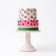 Cute watermelon cake idea for a watermelon birthday party! Pretty Cakes, Cute Cakes, Beautiful Cakes, Amazing Cakes, Fondant Cakes, Cupcake Cakes, Fruit Cakes, Watermelon Birthday Parties, Summer Birthday