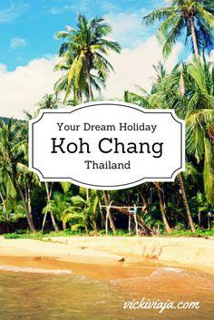 Koh Chang I Thailand I Island I Southeast Asia I Beach I @vickiviaja