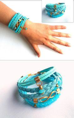 He encontrado este interesante anuncio de Etsy en https://www.etsy.com/es/listing/235892801/jewelery-bracelet-baby-blue-aqua-summer
