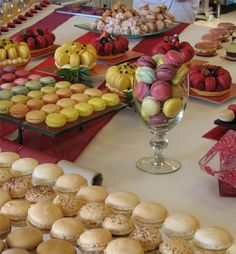 Ultimate Treats : Petit Fours, Macarons, Pastries and Cookies for Raleigh, Durham and Chapel Hill,NC Chapel Hill Nc, Wedding Favors, Wedding Ideas, Glass Dishes, Macarons, Romance, Treats, French, Cookies