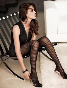 Collant My Rocking Life Calzedonia: Hair, tights In Pantyhose, Nylons, Leggings, Fashion Models, Girl Fashion, Stockings Legs, Opaque Stockings, Fashion Tights, Stocking Tights