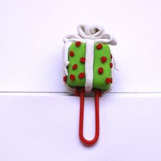 Present Paper Clip by ToKeepAndToGive on Etsy