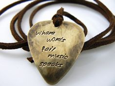 Where words fail music speaks Guitar Pick Necklace, Hand Stamped Necklace, Boyfriend, Friend,  Husband, Dad, Son Gift on Etsy, 8,93 €