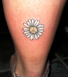peace-daisy-tattoo.jpg (388×444)