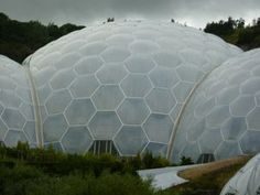Nesting a group of 3v domes