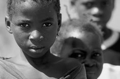 Niños en Mali. Group of children in Mali. © Inaki Caperochipi Photography