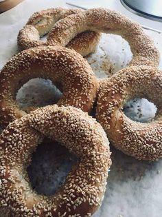 Κουλούρια Θεσσαλονίκης Greek Recipes, Bagel, Doughnut, Food And Drink, Lunch, Bread, Desserts, Greece, Tailgate Desserts