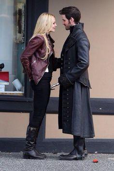 Emma Swan and Captain Hook (Jennifer and Colin on set)