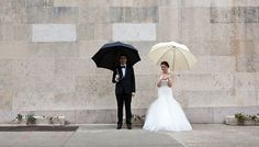 his and her umbrellas, just in case of rain. makes for a great photo opp! #wedding #photography