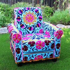 Upholster like a PRO without a single stitch using my simple techniques Chairs with piping work very well for the pattern making process Watch how I upholstered…
