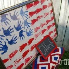 I love this hand/foot print flag for Memorial Day or Independence Day. Summer Crafts, Holiday Crafts, Holiday Fun, Kids Crafts, Arts And Crafts, Preschool Crafts, Family Crafts, Baby Crafts, Daycare Crafts